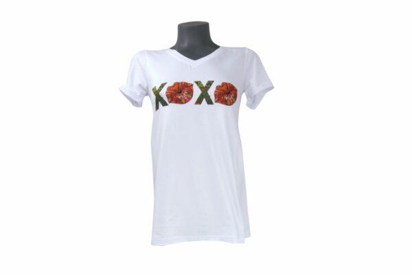 White T Shirt with XOXO print